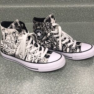 Black and white abstract converse
